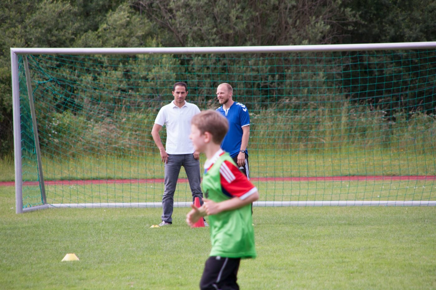 Talentförderung mit professionell ausgebildete Trainer der Fussballschule Alpenkick